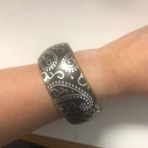Jewelry - Black silver and gold bracelet